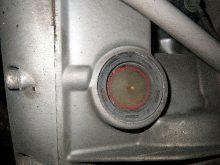 バイクの血液とも言えるエンジンオイルの点検と交換の画像