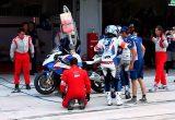 2011 鈴鹿8耐 BMW Motorrad France のピットワークの画像
