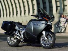 BMWバイク プロに聞く購入ガイド K1200GT(2006-)の画像